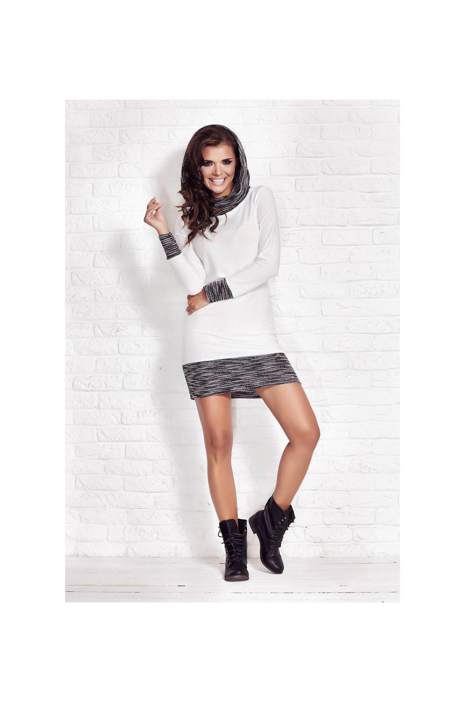 Dress M026